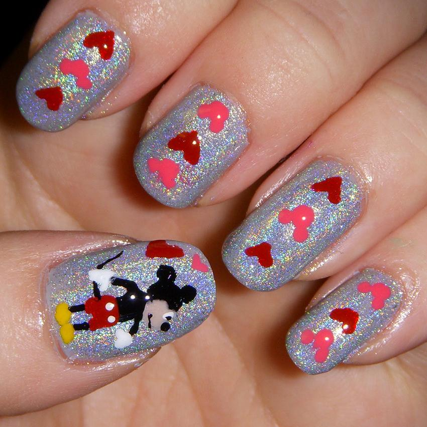 Minnie and mickey mouse inspired nail art lovetoknow mickey mouse nail art prinsesfo Image collections
