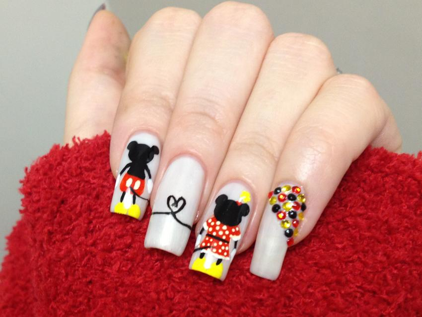 Mickey And Minnie Mouse Nail Art