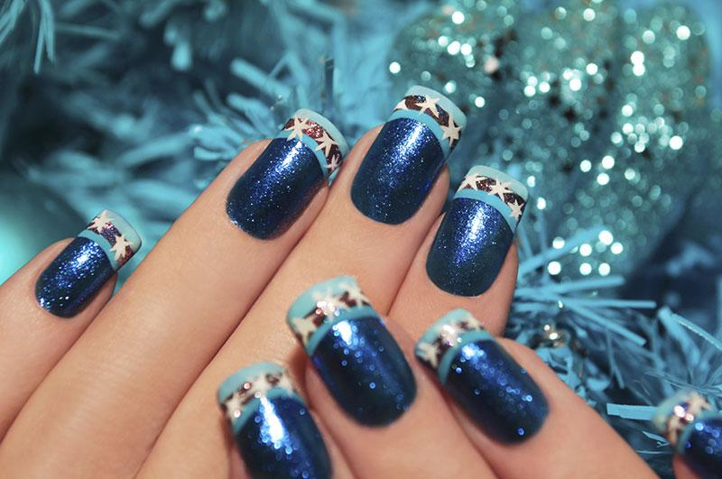 snowflakes and glitter - Blue Christmas Nails