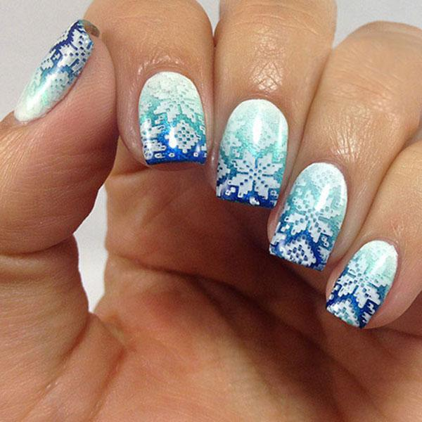 Amazing winter nail designs lovetoknow blue gradient snowflake nail art prinsesfo Image collections