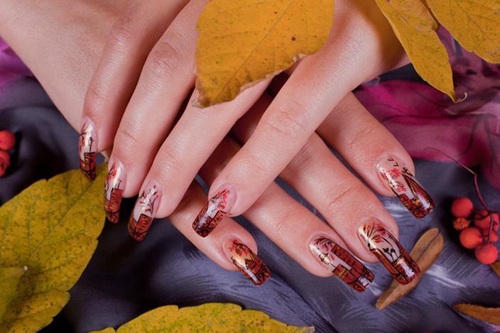 https://cf.ltkcdn.net/skincare/images/slide/214089-704x469-Autumn-Nail-Design.jpg