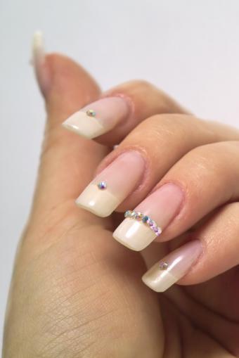 https://cf.ltkcdn.net/skincare/images/slide/145335-566x848r1-french-diamond.jpg
