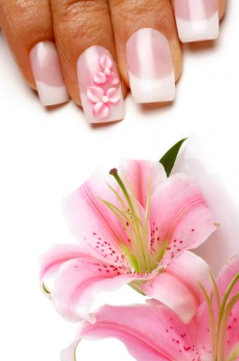 https://cf.ltkcdn.net/skincare/images/slide/145337-563x850r1-french-flower.jpg