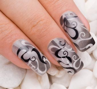 Bold Nail Design Pictures