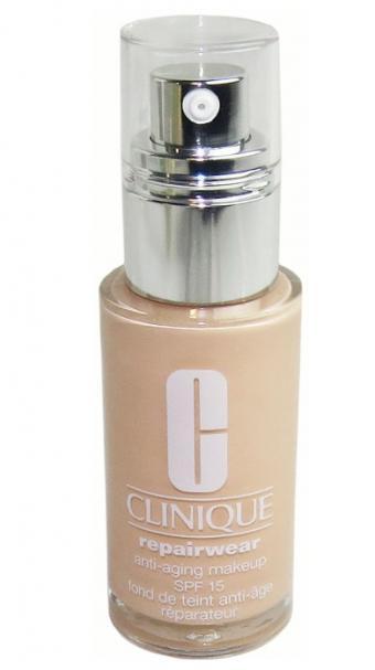 Clinique Repairwear makeup