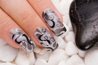 Airbrushed Fingernails