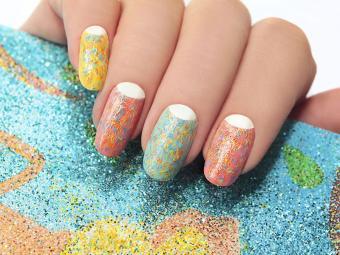 https://cf.ltkcdn.net/skincare/images/slide/184311-800x600-pastel-nail-design.jpg