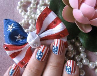 https://cf.ltkcdn.net/skincare/images/slide/186649-720x564-USA-Flag-Nail-Art.jpg