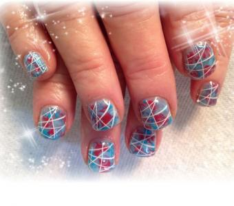 https://cf.ltkcdn.net/skincare/images/slide/186655-640x565-red-white-blue-nail-art.jpg