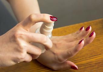 Spray for drying nail Polish