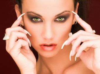 Types of Artificial Nails