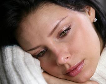 https://cf.ltkcdn.net/sleep/images/slide/124645-777x618-PMS_Insomnia_3.jpg