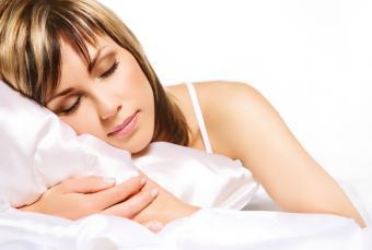 https://cf.ltkcdn.net/sleep/images/slide/124651-845x568-PMS_Insomnia_8.jpg