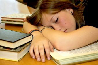 https://cf.ltkcdn.net/sleep/images/slide/124655-850x565-Teen_Sleep_3.jpg