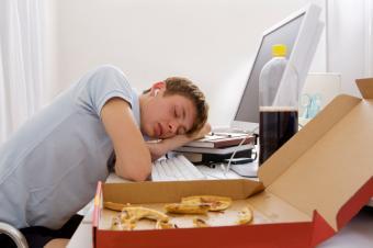 https://cf.ltkcdn.net/sleep/images/slide/124656-849x565-Teen_Sleep_4.jpg