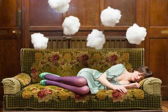 Guide to Recurring Dreams: Common Questions Answered