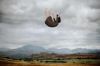 Falling woman nightmare