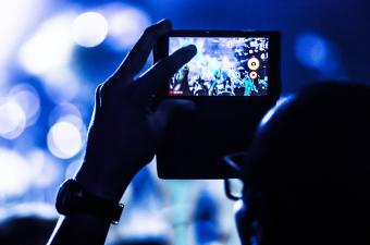 taking concert video
