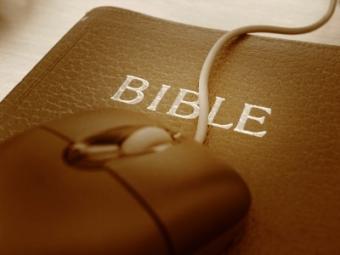 https://cf.ltkcdn.net/socialnetworking/images/slide/39990-400x300-bible1.jpg