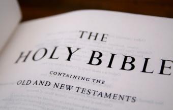 https://cf.ltkcdn.net/socialnetworking/images/slide/39998-850x542-bible9.jpg