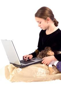 girl surfing web