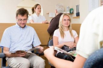 How to Relieve Stress When in a Doctor's Office