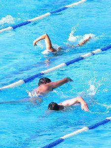 https://cf.ltkcdn.net/stress/images/slide/123508-225x300-swimming.jpg