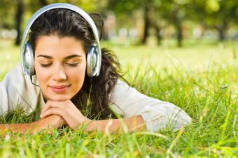 listening-to-tunes.jpg