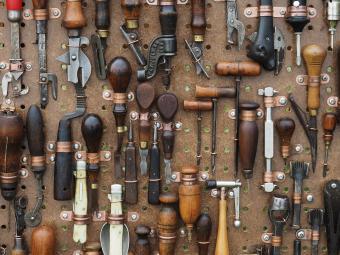 tools-1083796_1280.jpg
