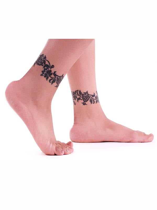 https://cf.ltkcdn.net/tattoos/images/slide/183731-600x800-matching-anklets-tattoo.jpg