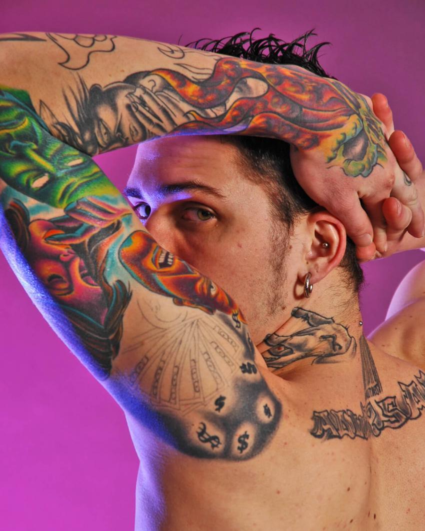 https://cf.ltkcdn.net/tattoos/images/slide/235053-850x1063-2-tattoo-sleeve.jpg