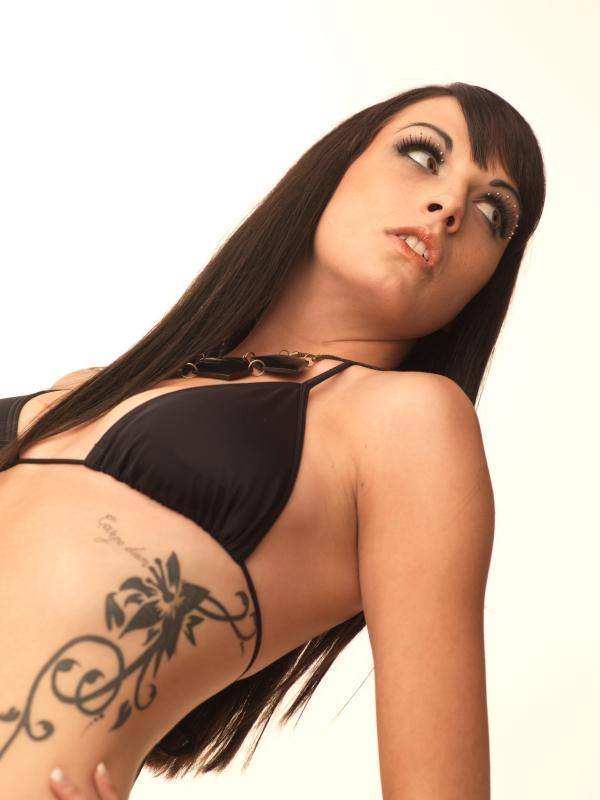 https://cf.ltkcdn.net/tattoos/images/slide/25723-600x800r1-flower-tattoo1.jpg