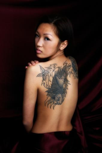 https://cf.ltkcdn.net/tattoos/images/slide/10871-566x848-iStock_000008569619Small.jpg
