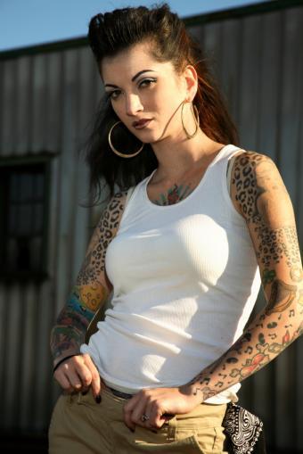https://cf.ltkcdn.net/tattoos/images/slide/10877-566x848-iStock_000005674736Small.jpg