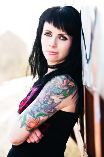https://cf.ltkcdn.net/tattoos/images/slide/141229-566x848r1-fairies.jpg