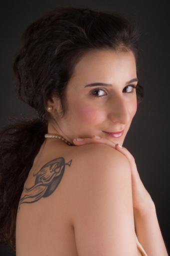 https://cf.ltkcdn.net/tattoos/images/slide/156573-565x850r1-trumpet-angel.jpg