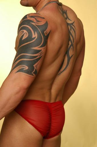 https://cf.ltkcdn.net/tattoos/images/slide/160255-565x850-3d.jpg