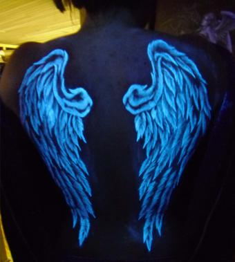 UV Blacklight Angel Wings Tattoo by Richie Streate, The Dungeon Inc.   Photo courtesy Richie Streate