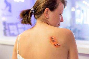 https://cf.ltkcdn.net/tattoos/images/slide/216256-704x469-Inflamed-tattoo.jpg