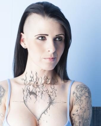 https://cf.ltkcdn.net/tattoos/images/slide/218070-680x850-blackandgreytats.jpg