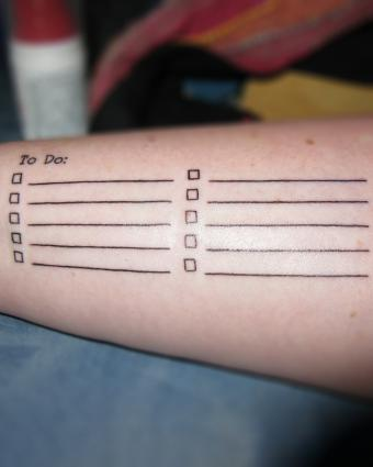 https://cf.ltkcdn.net/tattoos/images/slide/222130-680x850-todolisttattoo.jpg
