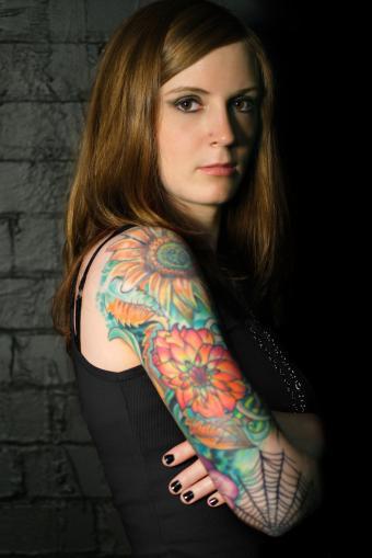 https://cf.ltkcdn.net/tattoos/images/slide/234863-567x850-flower-tattoos.jpg