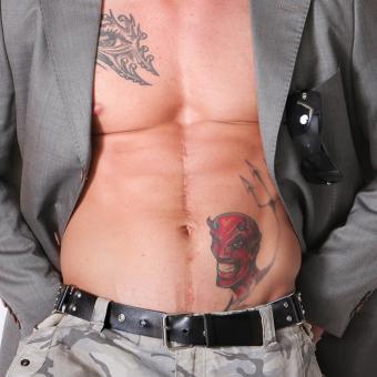 https://cf.ltkcdn.net/tattoos/images/slide/234987-850x850-11-devil-tattoo.jpg