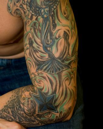 https://cf.ltkcdn.net/tattoos/images/slide/235056-850x1063-5-tattoo-sleeve.jpg
