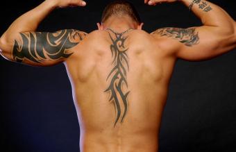 https://cf.ltkcdn.net/tattoos/images/slide/248163-850x547-10-tribal-tattoo-designs.jpg