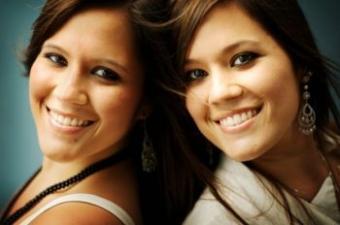 Get matching twin tats!