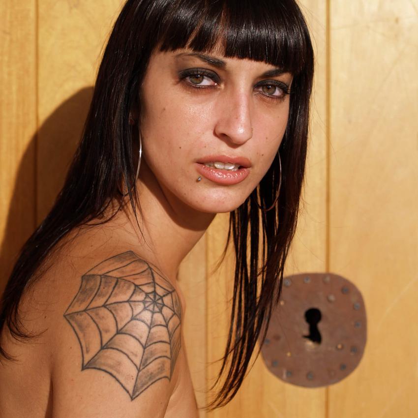 https://cf.ltkcdn.net/tatuajes/images/slide/256009-850x850-tatuajes-hombros-4.jpg