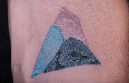 Tres Etapas De Curacion Luego De Tu Tatuaje Lovetoknow