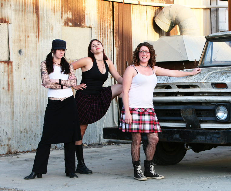 GrungeGirls.jpg