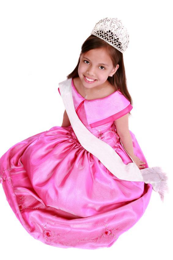 https://cf.ltkcdn.net/teens/images/slide/128461-566x848r1-young-kids-in-modeling.jpg